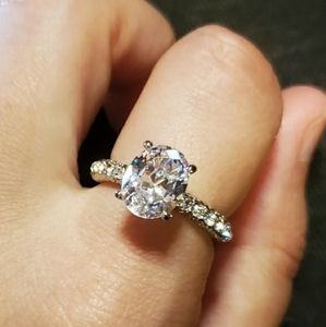 NWOT Silver Oval White Sapphire Ring